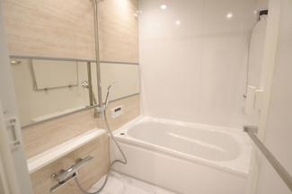 稲毛カトレア 綺麗なお風呂で浴室乾燥付きです