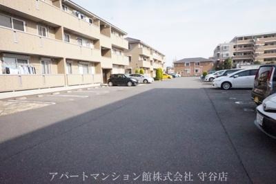 【駐車場】レジデンスヒルズA