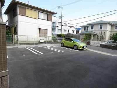 【駐車場】シャルム総持寺