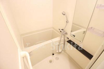 【浴室】プレサンス新大阪ジェイズ