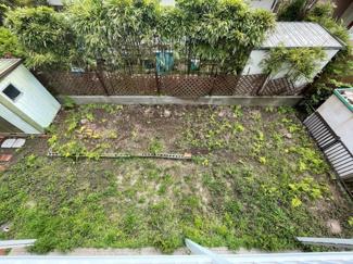 ベランダからお庭を眺望