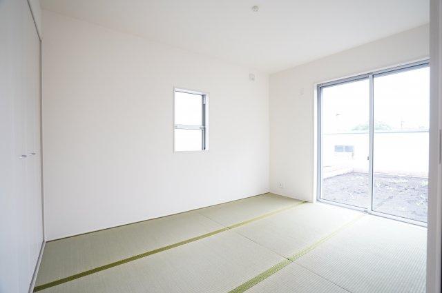 【同仕様施工例】和室はちょっとゴロゴロするのに心地よい空間です。