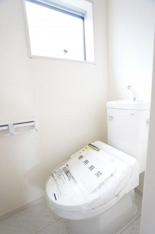【同仕様施工例】バルコニーがあるので明るいお部屋です。