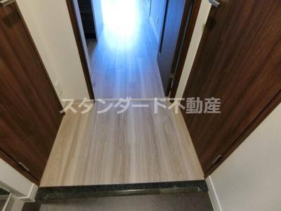【玄関】プレサンス大阪天満リバーシア