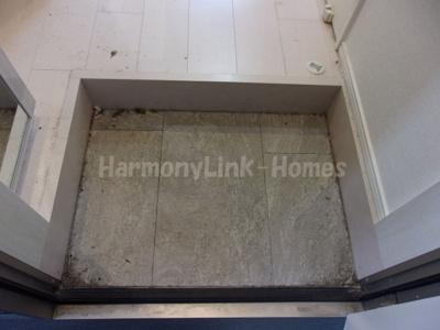 ハーモニーテラス立石Ⅱのゆったりとした玄関です☆