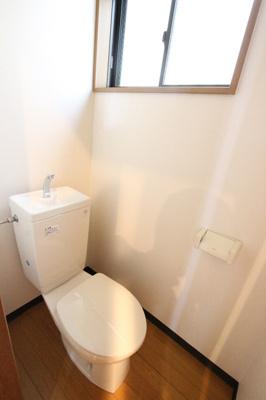 【トイレ】六ツ師中屋敷625-1