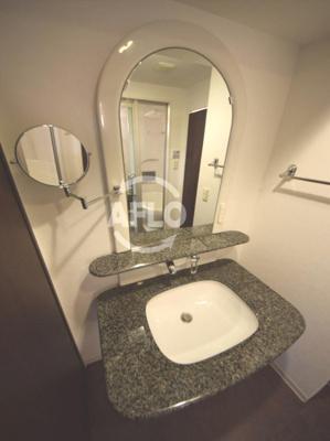 ラフォーレ島之内 おしゃれな洗面台