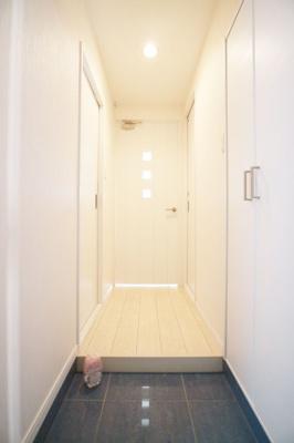 【内装】Modern palazzo警固