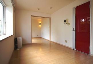 【居間・リビング】札幌市東区北四十条東19丁目一棟アパート