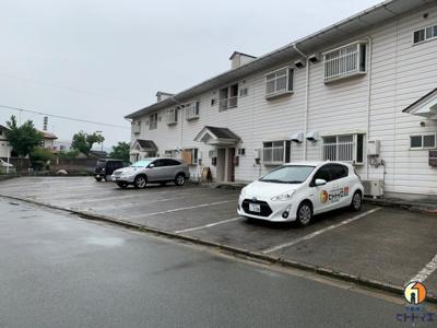 【駐車場】アパートメント中島
