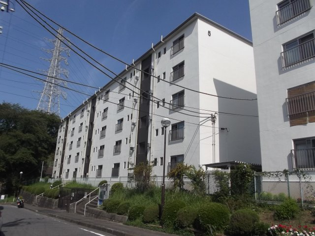 杉田大谷団地5号棟の画像