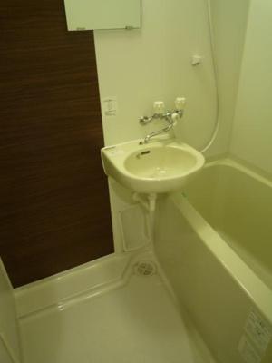 日々の疲れを癒すバスルーム