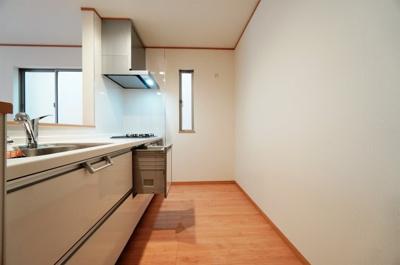 【キッチン】新築一戸建て 南浦和1丁目
