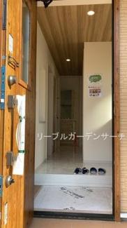 玄関 ※現地撮影写真