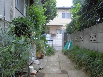 【庭】グリーン荘2