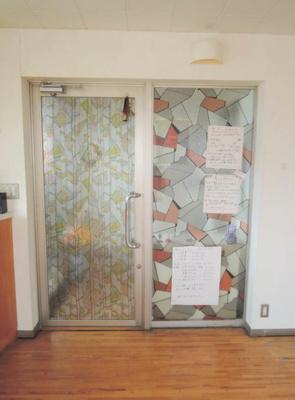 【玄関】十日市場駅徒歩1分 貸店舗・事務所