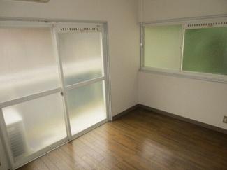 【洋室】兵庫県川西市花屋敷1丁目一棟アパート