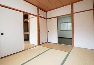 【和室】兵庫県川西市花屋敷1丁目一棟アパート