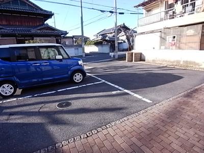 【駐車場】メゾンドヴェール