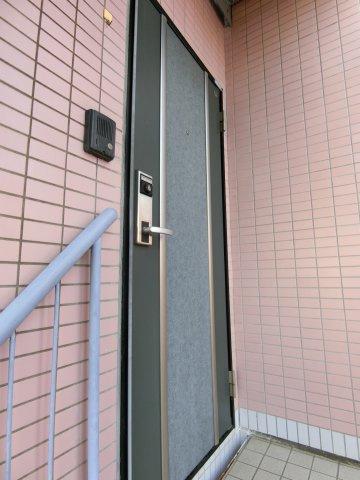 【玄関】プライムドエル綾瀬