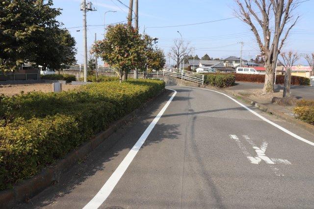 前面道路含む現地写真