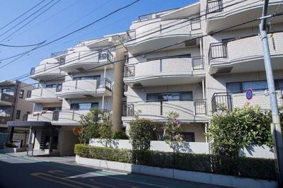 藤和杉並富士見ヶ丘ホームズ、5階建ての1階部分のご紹介です