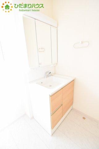 【独立洗面台】鴻巣市滝馬室 新築一戸建て リーブルガーデン 01