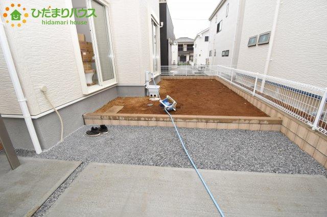 【庭】鴻巣市滝馬室 新築一戸建て リーブルガーデン 01