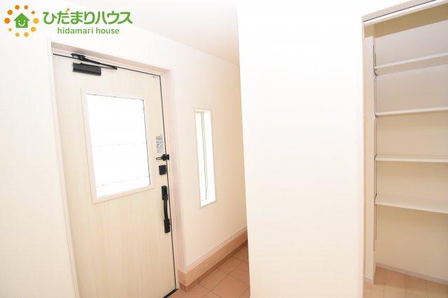 【玄関】鴻巣市滝馬室 新築一戸建て リーブルガーデン 01
