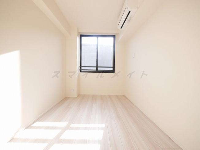6.1帖の寝室です。広々クローゼット付です。