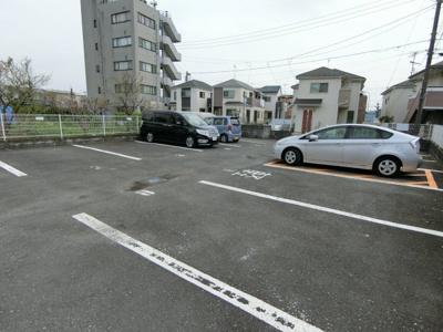 【駐車場】メゾン・ルピネス