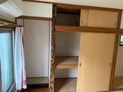 和室の収納スペースです。