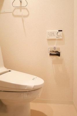 ベルグレードHMのシンプルで使いやすいトイレです☆