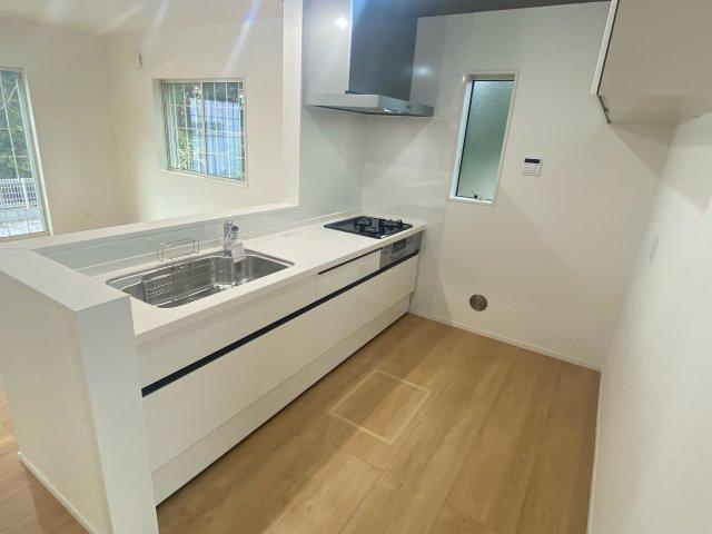 【キッチン】新築一戸建て「南足柄市駒形新宿」全6棟/残3棟