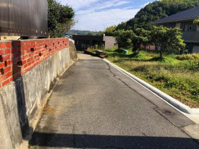 【前面道路含む現地写真】門田町 売土地