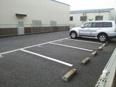 【駐車場】グランパティオ