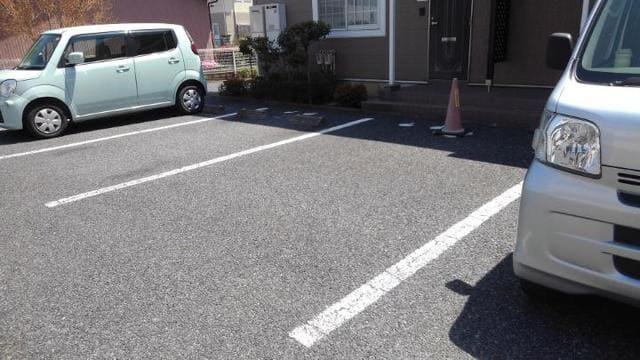 【駐車場】グランルミエール
