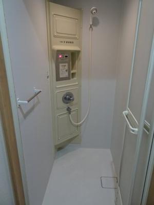 橋本荘 コインシャワー室