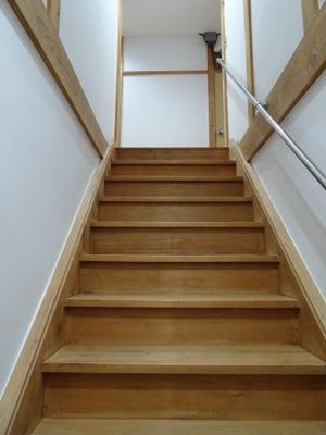 橋本荘 共用階段