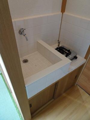 橋本荘 キッチンはガスコンロ設置可です