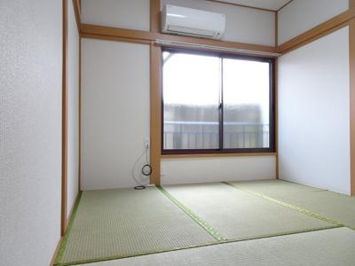 橋本荘 和室4.5帖(玄関側から)
