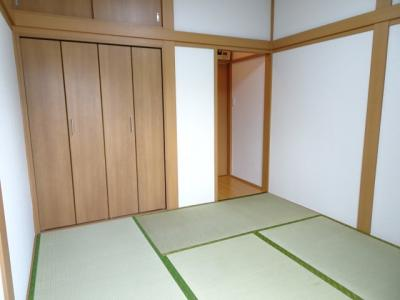 橋本荘 和室4.5帖(窓側から)