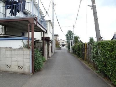 橋本荘 物件前 谷中エリアの静かな環境です