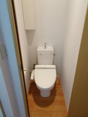 マンション太田 やっぱり嬉しいバストイレ別 トイレは快適な温水洗浄機付きです