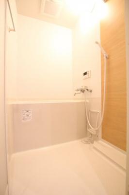 【浴室】パロス塩屋駅前