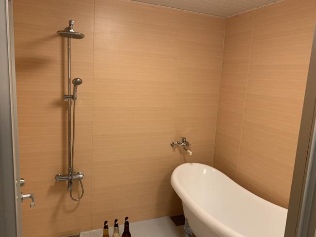 【浴室】名護市喜瀬中古戸建て