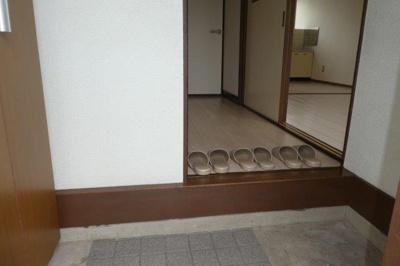 【玄関】レジデンス日和屋