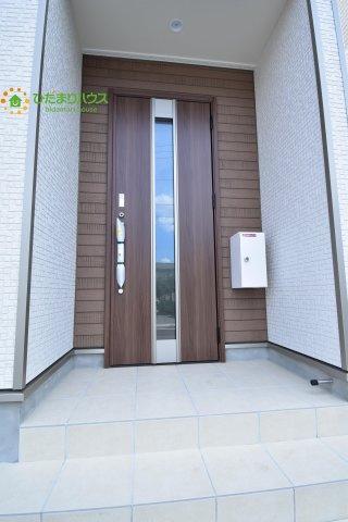 【玄関】蓮田市西新宿 第7 新築一戸建て クレイドルガーデン 03