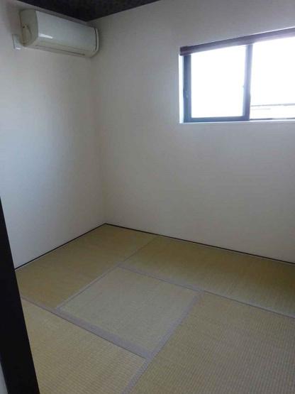 【2階:和室4帖】押入れ完備です♪