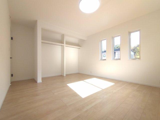 2F洋室。全居室LED照明・カーテン付き☆※イメージ写真